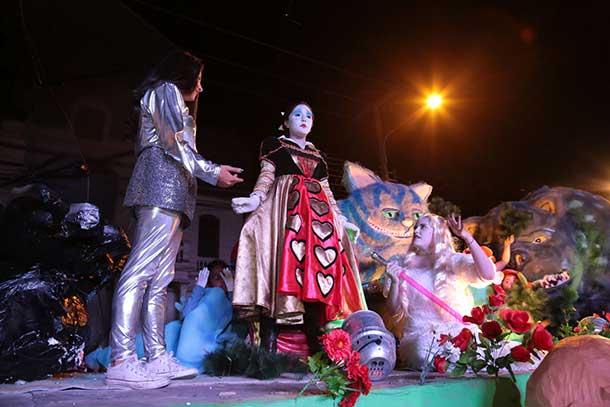 festival-de-color-y-magia-se-vivira-este-domingo-con-los-carros-alegoricos